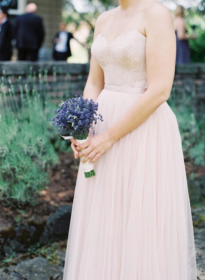 simple bride's wedding dress