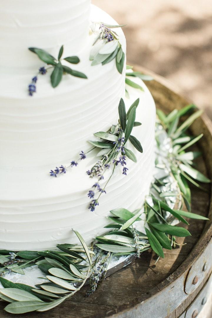 greenery garnish wedding cake