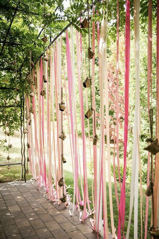 awesome gate with ribbon decor
