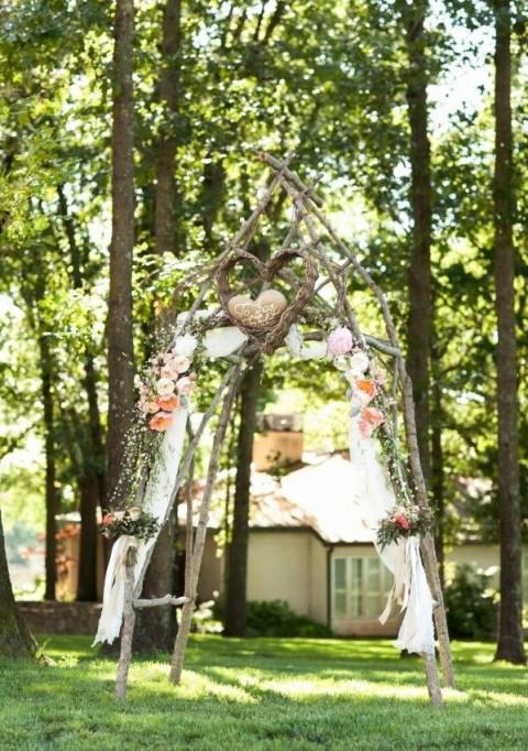 beautiful simple wedding arch