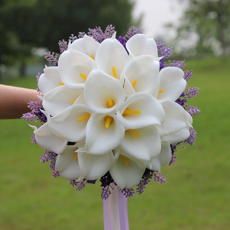 cute calla lily wedding bouquet