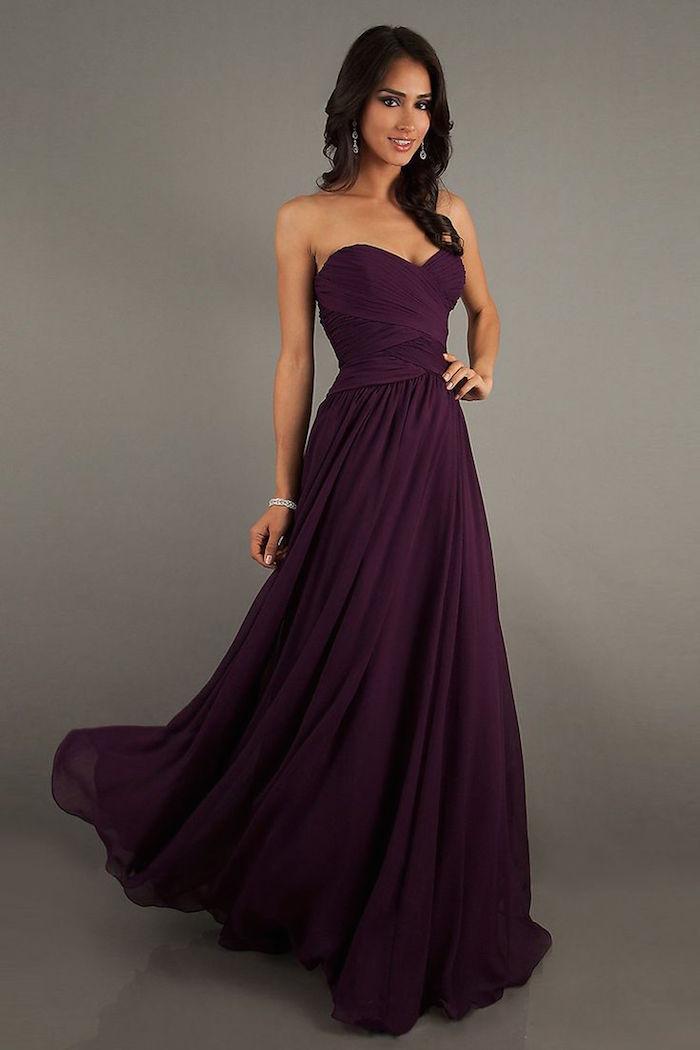 simple and charm wedding dress
