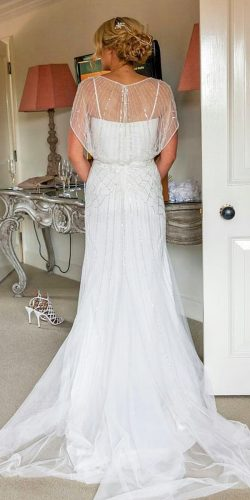 simple vintage style wedding gown