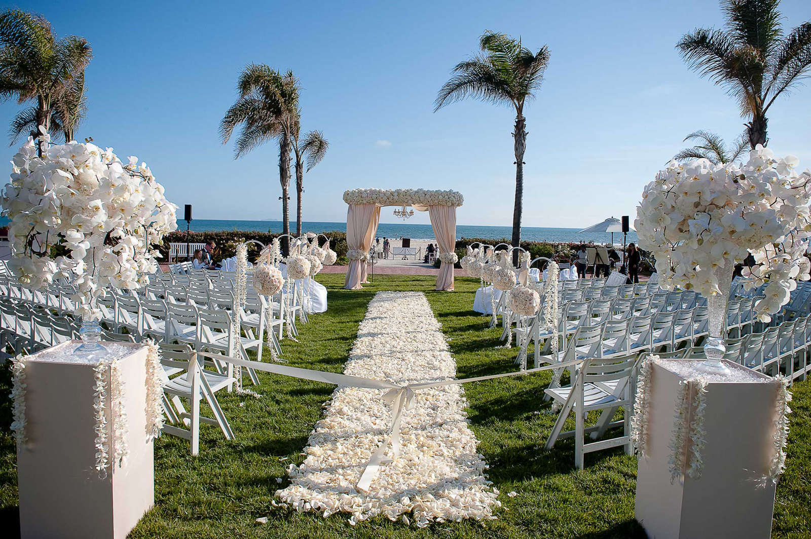 perfect white beach wedding decor