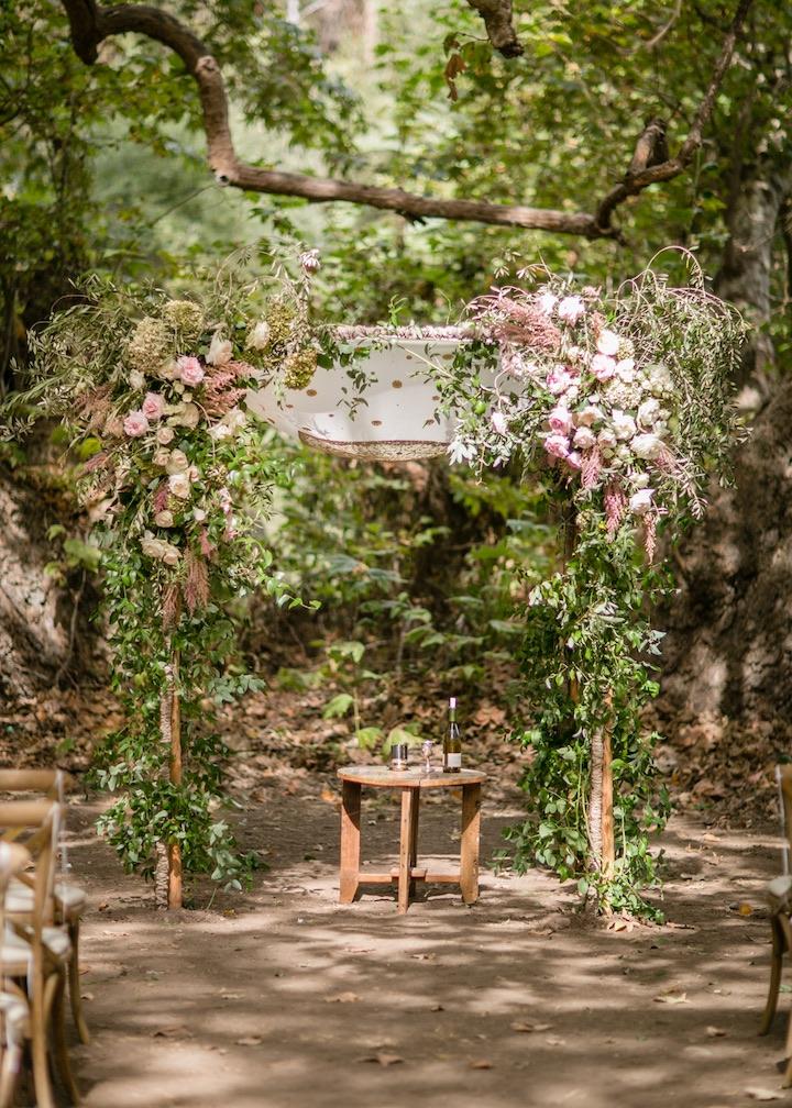 gorgeous arch wedding ideas
