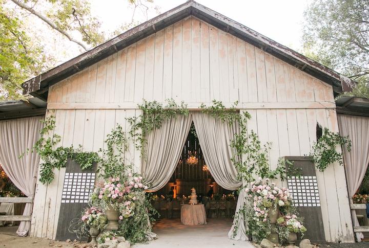 awesome wedding reception decor