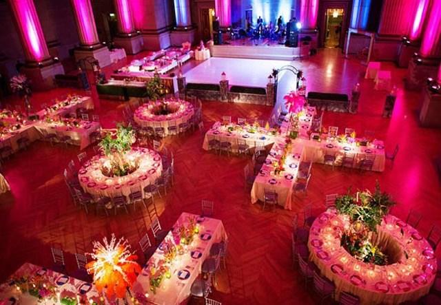 chic pink wedding themes