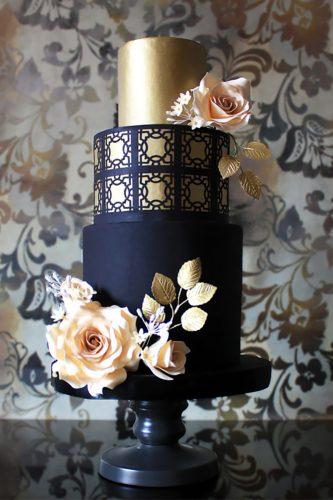 elegant and romantic wedding cake