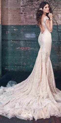 elegant and glamor wedding dress