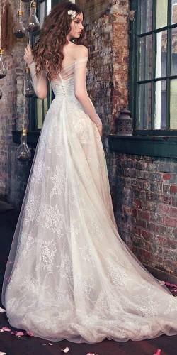 white luxury and sexy wedding dress