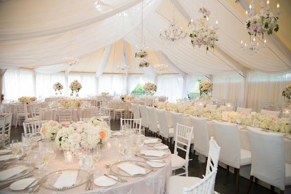 whiite beautiful wedding decor