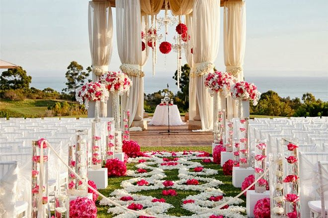 romantic pink wedding decor