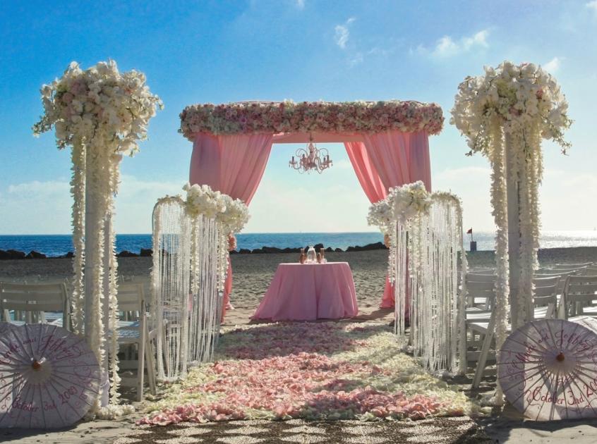 romantic wedding arch design