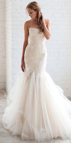 white pretty wedding dress