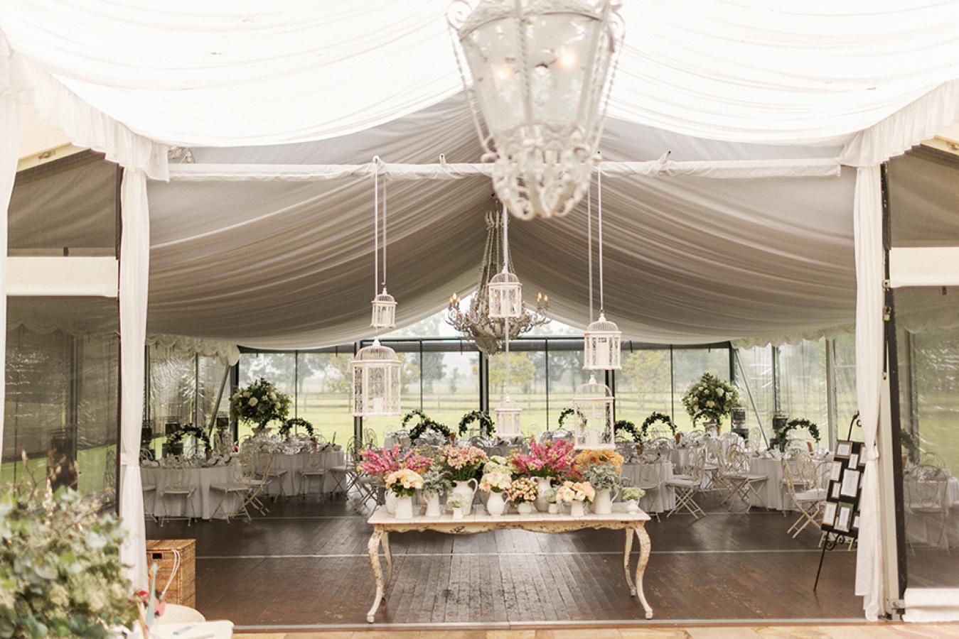 romantic and elegant white wedding