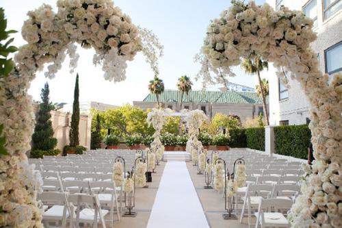 white perfect wedding design