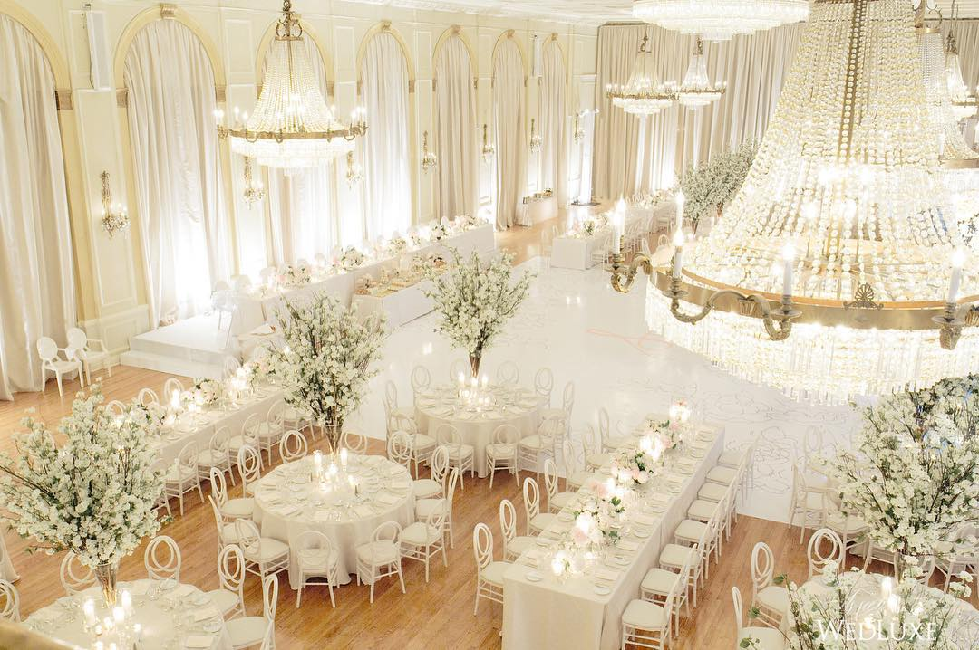 Luxury White Wedding Concept Completed With Awful Decoration
