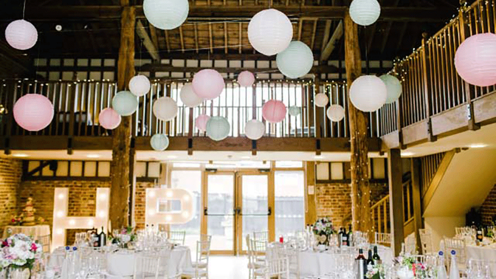 Vintage-wedding-lanterns