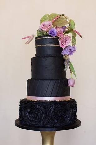 awesome black cake design