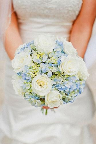 cute blue wedding bouquet