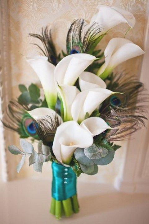 beautiful lily wedding bouquet