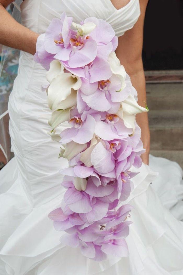soft purple wedding bouquet