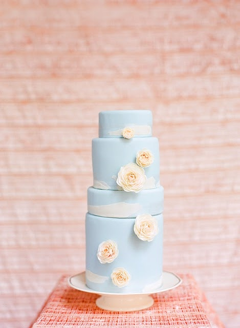 chic blue wedding cakes