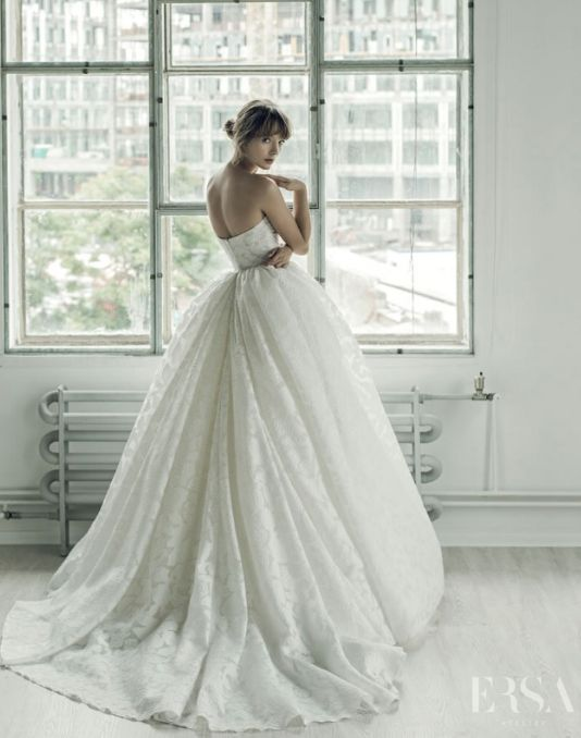 white waist wedding gown
