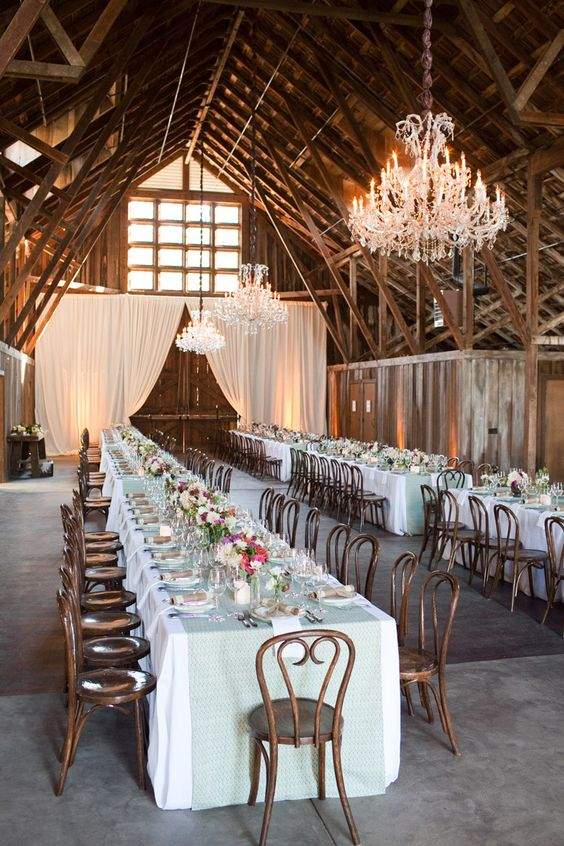 rustic-barn-venue-is-spectacular-with-dramatic-large-doors