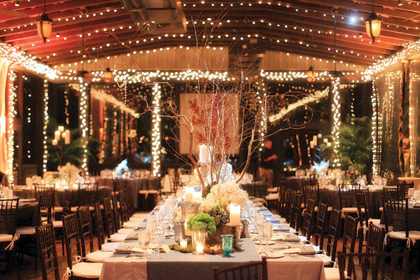 rustic-barn-wedding-reception-decor