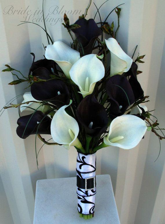 black and white calla lily bouquet