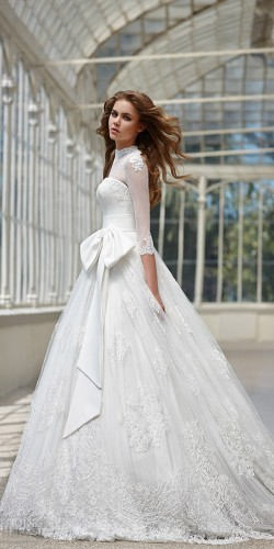 lush wedding gown for winter