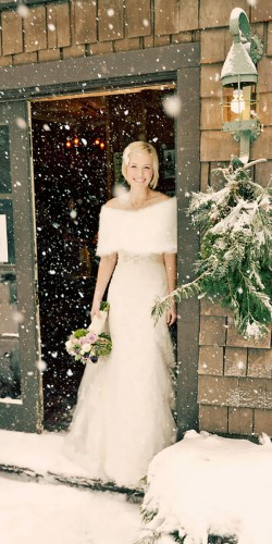 gorgeous winter wedding gown