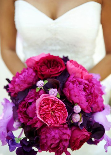 purple wedding spring bouquet ideas