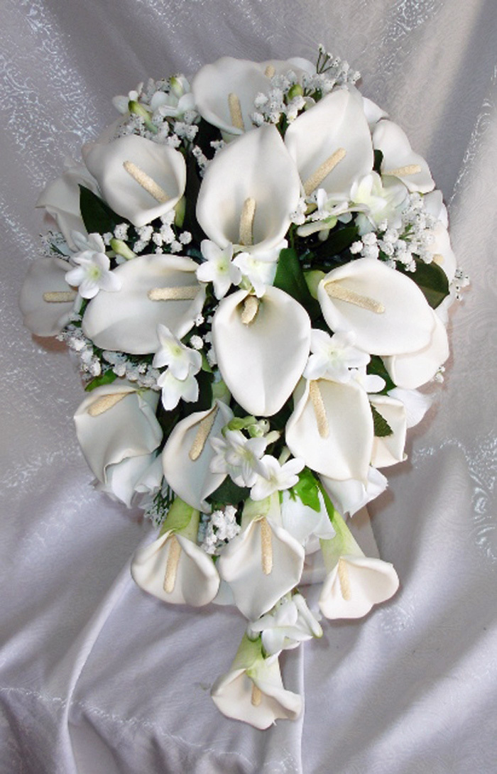 yellow calla lily wedding bouquet white calla wedding bouquets showing simple and 1514