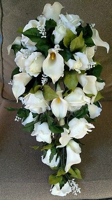 charming white calla lily bouquet
