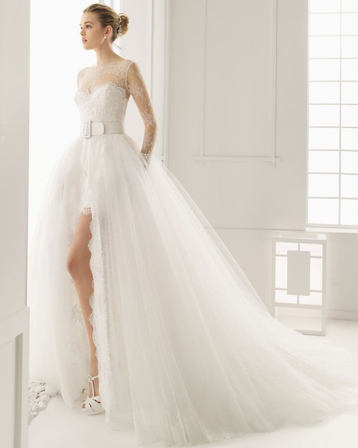 classic elegant wedding dress