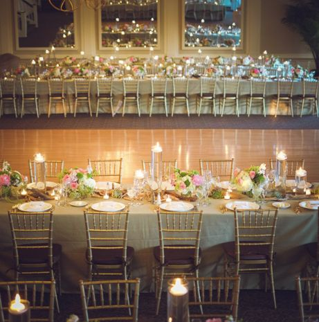 classic simple wedding table decor