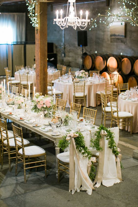 classicness wedding table guest in barn