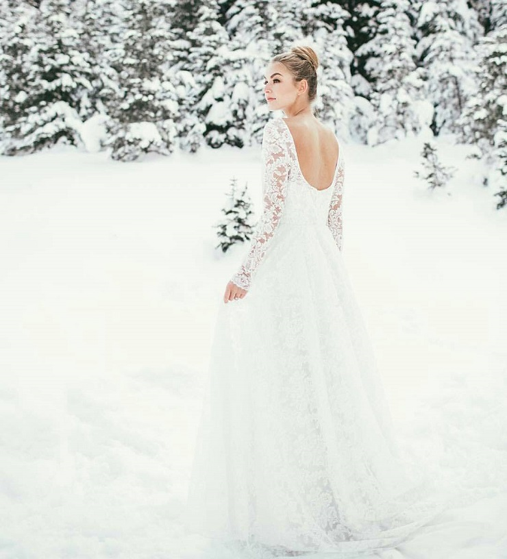 Simple Winter Wedding Gown Looks Gorgeous With a White Color and ...
