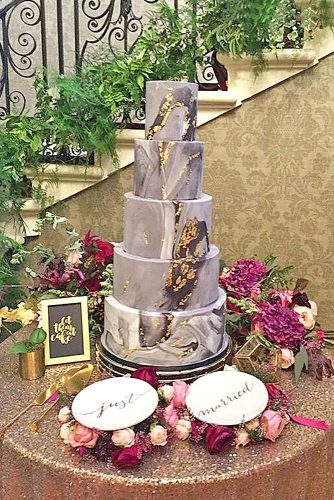 metallic cake wedding design