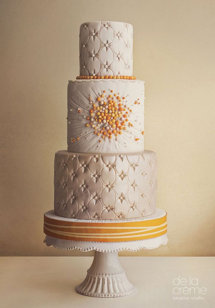 unique and elegant wedding cake