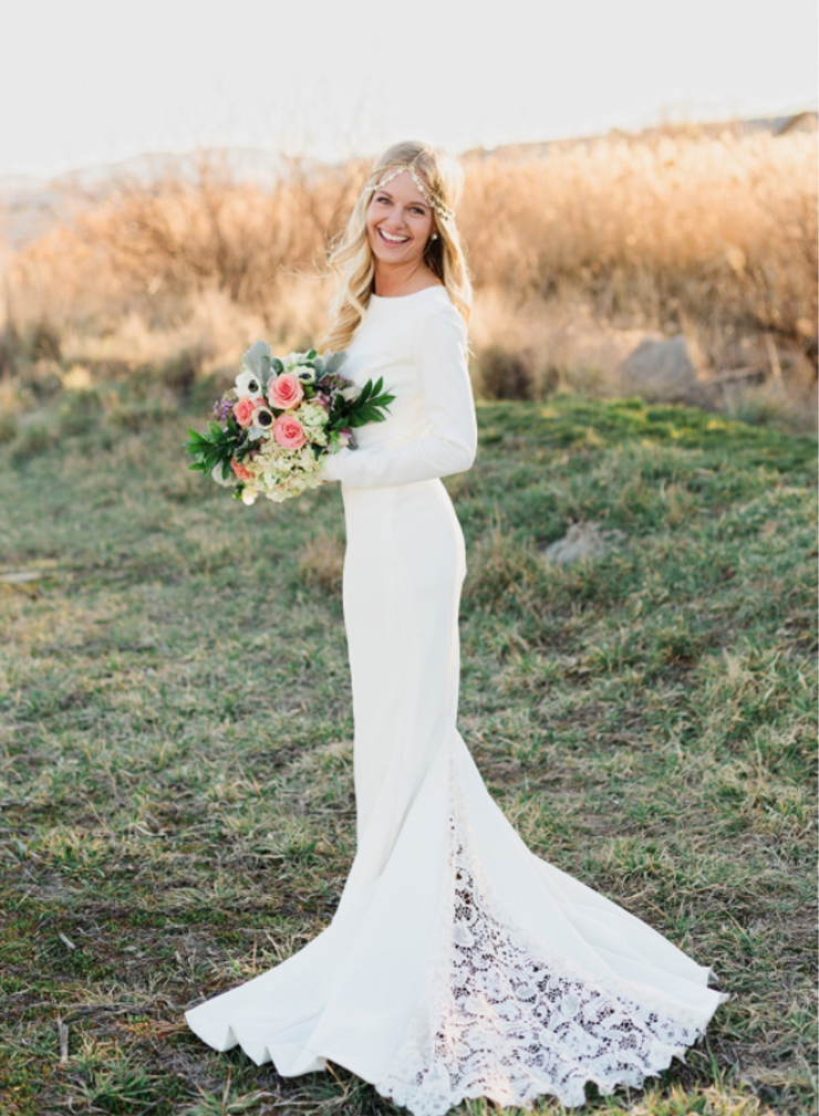 simple mermaid winter wedding dress