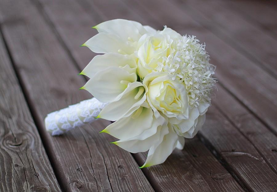 small calla lily wedding bouquet