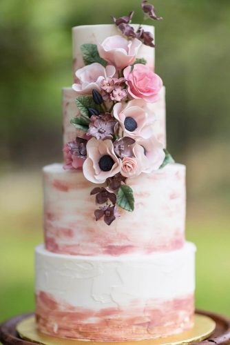 trendy rustic wedding cake