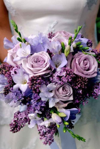 purple wedding bouquet design