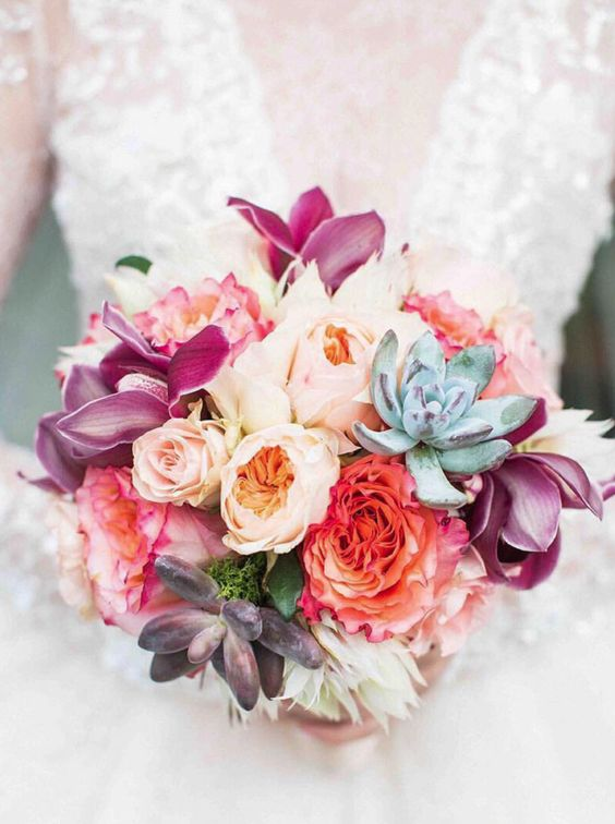 chic wedding bouquet