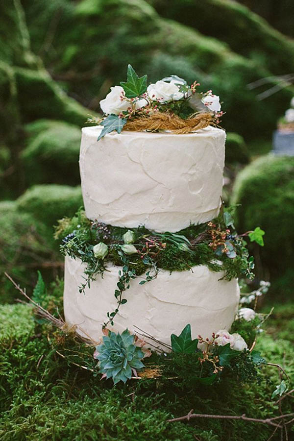 green-woodland-wedding-cakes
