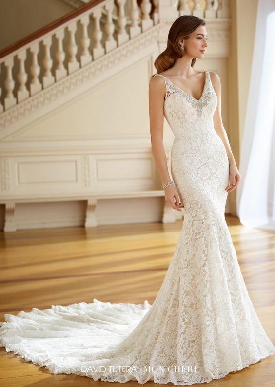 lace wedding dress design