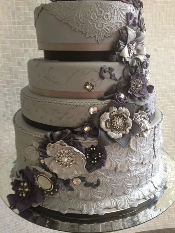 luxury wedding cake with gray color